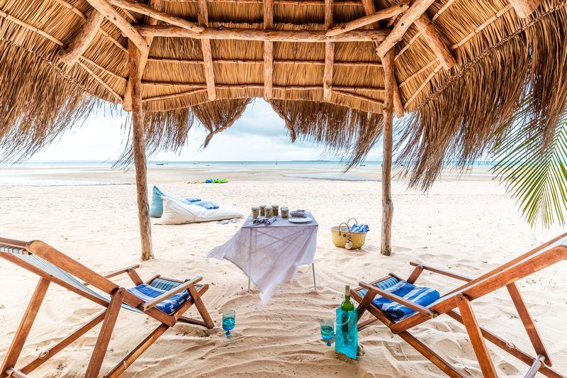 Santorini-Mozambique-Beach